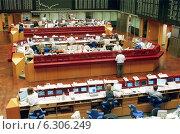 Купить «Floor trading on the Frankfurt Stock Exchange», фото № 6306249, снято 7 мая 2002 г. (c) Caro Photoagency / Фотобанк Лори