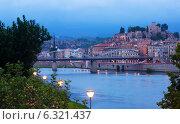 Купить «Evening view of Ebro river in Tortosa», фото № 6321437, снято 12 августа 2014 г. (c) Яков Филимонов / Фотобанк Лори