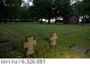 Menen, Belgium, view over a German military cemetery Menen (2013 год). Редакционное фото, агентство Caro Photoagency / Фотобанк Лори