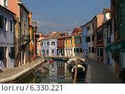 Кукольный остров Бурано. Венеция. Италия (2014 год). Редакционное фото, фотограф Ксения Епишенкова / Фотобанк Лори