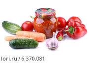 Банка аджики с овощами (2014 год). Редакционное фото, фотограф Андрей Оршак / Фотобанк Лори