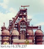 Купить «Доменная металлургическая печь», фото № 6378237, снято 22 января 2020 г. (c) Mikhail Starodubov / Фотобанк Лори