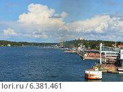 Купить «Порт в Мариехамне, Аландские острова, Финляндия», фото № 6381461, снято 24 августа 2014 г. (c) Валерия Попова / Фотобанк Лори