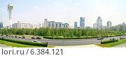 Купить «Астана. Центр города. Монумент «Астана-Байтерек». Панорама», фото № 6384121, снято 18 июля 2018 г. (c) Parmenov Pavel / Фотобанк Лори