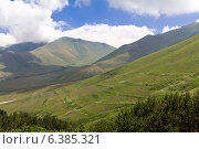 Купить «Кавказские горы солнечным днем», фото № 6385321, снято 5 июля 2013 г. (c) Евгений Ткачёв / Фотобанк Лори