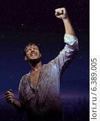 Купить «Brave dirty man in glory pose», фото № 6389005, снято 16 июня 2019 г. (c) Ingram Publishing / Фотобанк Лори