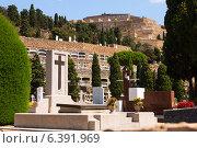 Купить «Montjuic Cemetery in Barcelona», фото № 6391969, снято 20 июля 2014 г. (c) Яков Филимонов / Фотобанк Лори