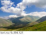 Купить «Облака над Кавказскими горами», фото № 6394121, снято 5 июля 2013 г. (c) Евгений Ткачёв / Фотобанк Лори