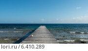 Купить «Pier on the beach, Utila, Bay Islands, Honduras», фото № 6410289, снято 28 декабря 2012 г. (c) Ingram Publishing / Фотобанк Лори
