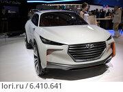 Купить «Hyundai Intrado Concept, Московский международный автомобильный салон 2014», фото № 6410641, снято 30 августа 2014 г. (c) Алексей Голованов / Фотобанк Лори