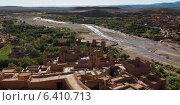 High angle view of Ait Benhaddou, Ouarzazate, Morocco (2012 год). Стоковое фото, агентство Ingram Publishing / Фотобанк Лори