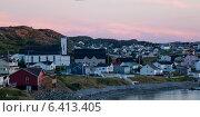 Купить «Town along the coast, Twillingate, South Twillingate Island, Newfoundland And Labrador, Canada», фото № 6413405, снято 24 августа 2013 г. (c) Ingram Publishing / Фотобанк Лори