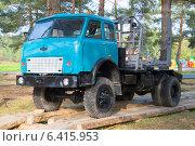 Лесовоз МАЗ-509А на базе автомобиля  МАЗ-5335. Редакционное фото, фотограф Виктор Карасев / Фотобанк Лори