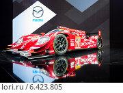 Купить «Mazda SKYACTIV-D Prototype. Московский международный автомобильный салон 2014», эксклюзивное фото № 6423805, снято 29 августа 2014 г. (c) Сергей Лаврентьев / Фотобанк Лори