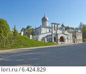 Купить «Церковь Варлаама Хутынского весной (Псков)», фото № 6424829, снято 20 сентября 2014 г. (c) Валентина Троль / Фотобанк Лори