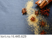 Палочки корицы и сахар. Стоковое фото, фотограф Афанасьева Ольга / Фотобанк Лори