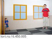 Купить «Комната Эймса в Научно-познавательном центре AHHAA, Тарту», эксклюзивное фото № 6450005, снято 16 августа 2014 г. (c) Александр Щепин / Фотобанк Лори