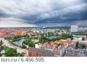 Купить «The bird's eye view from the Church of Our Saviour on the storm over Copenhagen.», фото № 6456505, снято 22 августа 2014 г. (c) Serg Zastavkin / Фотобанк Лори