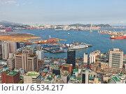 Купить «Международный пассажирский терминал порта г. Пусан, Южная Корея. Вид с Пусанской башни», фото № 6534217, снято 25 сентября 2014 г. (c) Иван Марчук / Фотобанк Лори