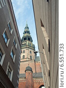 Купить «Рига. Архитектура Старого города, старые и новые здания», эксклюзивное фото № 6551733, снято 11 октября 2014 г. (c) Svet / Фотобанк Лори