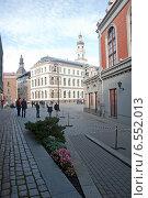 Купить «Рига. Ратушная площадь», эксклюзивное фото № 6552013, снято 11 октября 2014 г. (c) Svet / Фотобанк Лори