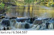Купить «Течение красивой реки в осеннем парке, таймлапс, длинная выдержка», видеоролик № 6564597, снято 18 октября 2014 г. (c) Кекяляйнен Андрей / Фотобанк Лори