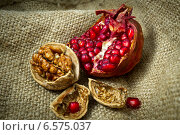 Гранат. Стоковое фото, фотограф Корнева Юлия / Фотобанк Лори
