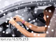 Купить «close up of smiling businesswoman driving car», фото № 6575213, снято 5 июля 2013 г. (c) Syda Productions / Фотобанк Лори