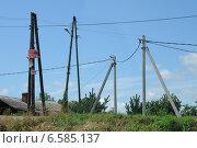 Линии электропередач в сельской местности (2014 год). Редакционное фото, фотограф Юрий Морозов / Фотобанк Лори