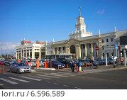 Купить «Краснодар. Железнодорожный вокзал», фото № 6596589, снято 22 сентября 2014 г. (c) Игорь Потапов / Фотобанк Лори