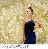 Купить «smiling woman in evening dress wearing crown», фото № 6602821, снято 1 июня 2014 г. (c) Syda Productions / Фотобанк Лори