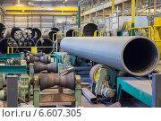 Купить «Производство трубопроводов большого диаметра на металлургическом заводе», фото № 6607305, снято 3 апреля 2014 г. (c) Кекяляйнен Андрей / Фотобанк Лори