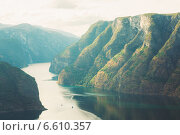Купить «Согне-фьорд в Норвегии летом», фото № 6610357, снято 1 августа 2014 г. (c) g.bruev / Фотобанк Лори