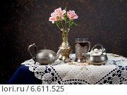 Чайник со стаканом и сахарницей. Стоковое фото, фотограф Рсавин Сергей / Фотобанк Лори