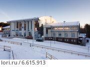 Купить «Академия биатлона в Красноярске зимой», эксклюзивное фото № 6615913, снято 11 декабря 2011 г. (c) Шичкина Антонина / Фотобанк Лори