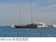 Яхта (2013 год). Редакционное фото, фотограф анюта романова / Фотобанк Лори
