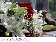 Купить «Букет цветов», фото № 6626765, снято 24 мая 2014 г. (c) Руслан Шакуров / Фотобанк Лори
