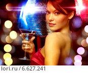 Купить «woman with cocktail and disco ball», фото № 6627241, снято 12 декабря 2010 г. (c) Syda Productions / Фотобанк Лори