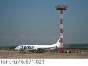 Купить «Самолет Boeing 737-8AS авиакомпании «ЮТэйр» (бортовой номер VQ-BJH) в международном аэропорту Витязево, Анапа», эксклюзивное фото № 6671021, снято 31 июля 2011 г. (c) Алексей Гусев / Фотобанк Лори