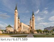 Купить «Нижнекамск. Соборная мечеть», фото № 6671589, снято 2 июля 2013 г. (c) Горшков Игорь / Фотобанк Лори
