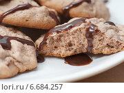 Печенье с шоколадной глазурью. Стоковое фото, фотограф Галина Волкова / Фотобанк Лори