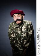 Купить «Funny soldier in military concept», фото № 6686125, снято 26 апреля 2014 г. (c) Elnur / Фотобанк Лори