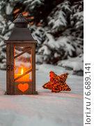 Купить «lantern in the snow at christmas», фото № 6689141, снято 9 января 2020 г. (c) Erwin Wodicka / Фотобанк Лори