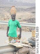 Озеро Ассале. Джибути. Торговля сувенирами (2013 год). Редакционное фото, фотограф Михаил Копылов / Фотобанк Лори