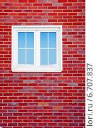 Купить «Кирпичная стена с окном», фото № 6707837, снято 27 января 2010 г. (c) 2happy / Фотобанк Лори