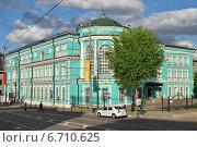 Купить «Картинная галерея Ильи Глазунова в Москве весной», эксклюзивное фото № 6710625, снято 11 мая 2014 г. (c) lana1501 / Фотобанк Лори