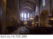 Купить «Interior of Cathedral of Pedralbes», фото № 6725389, снято 26 мая 2018 г. (c) Яков Филимонов / Фотобанк Лори