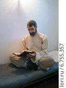 Купить «Заключенный в одиночной камере Тобольской тюрьмы, макет», фото № 6755357, снято 11 сентября 2014 г. (c) Григорий Белоногов / Фотобанк Лори