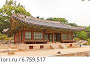 Купить «Зал Yanghwadang дворца Чхандоккун (Changdeokgung) в Сеуле, Южная Корея. Объект ЮНЕСКО», фото № 6759517, снято 28 сентября 2014 г. (c) Иван Марчук / Фотобанк Лори