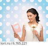 Купить «smiling young woman with flower», фото № 6765221, снято 2 марта 2013 г. (c) Syda Productions / Фотобанк Лори